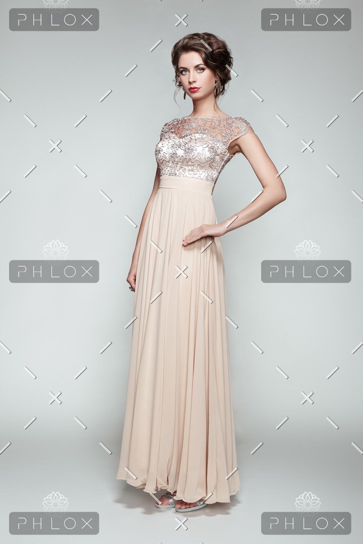 demo-attachment-84-fashion-portrait-of-beautiful-woman-in-elegant-PQBJYC5